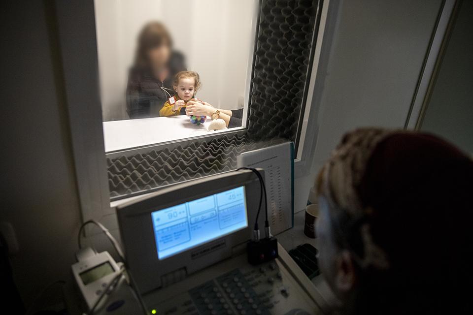 בדיקת שמיעה לילד לקוי שמיעה